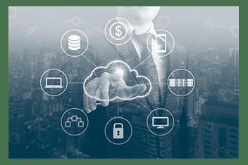 Geschäftsmann zeigt auf eine Business-Cloud