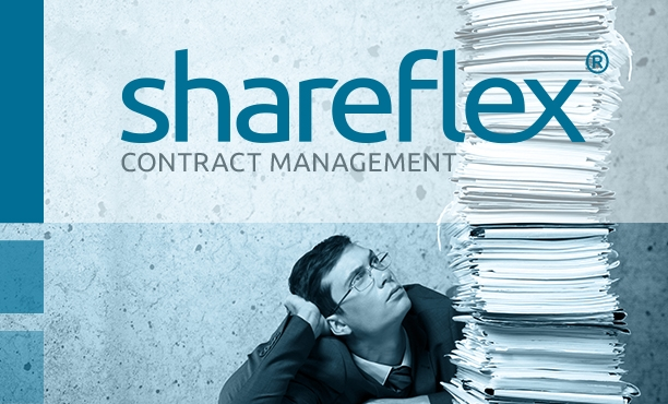 Contract manager in front of a large stack of contract files as a symbolic image for the Shareflex Contract product guide.